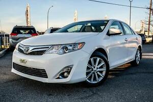 Toyota Camry 2014 XLE NAV SUNROOF LEATHER