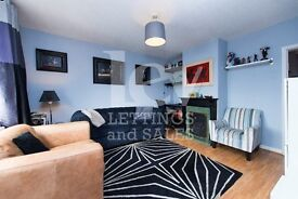 Three/Four Bedroom Terrace House for Sale in Borehamwood WD6