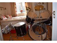 Full Drum Kit, stool , sticks extras Session Pro, suitable for beginner or intermediate drummer