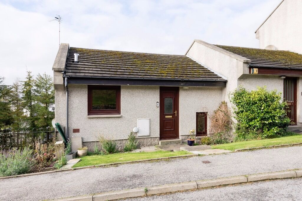 AM PM ARE PLEASED TO OFFER FOR LEASE THIS SPACIOUS 2 BED PROPERTY- ABERDEEN- FROGHALL- P5340