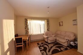 LARGE SPLIT LEVEL 2 DOUBLE BEDROOM APARTMENT ISLINGTON