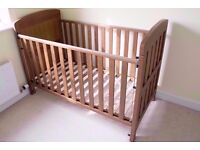 Mama and Papas Harewood Cot Bed With Mattress and Bed Rail - Free Delivery