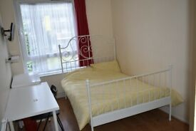 Lovely Double Room / Bow, Stratford, ZONE 2 / All Bills Inc / Available NOW !!!