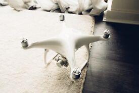 DJI Phantom 4 Drone (Very Good Condition)