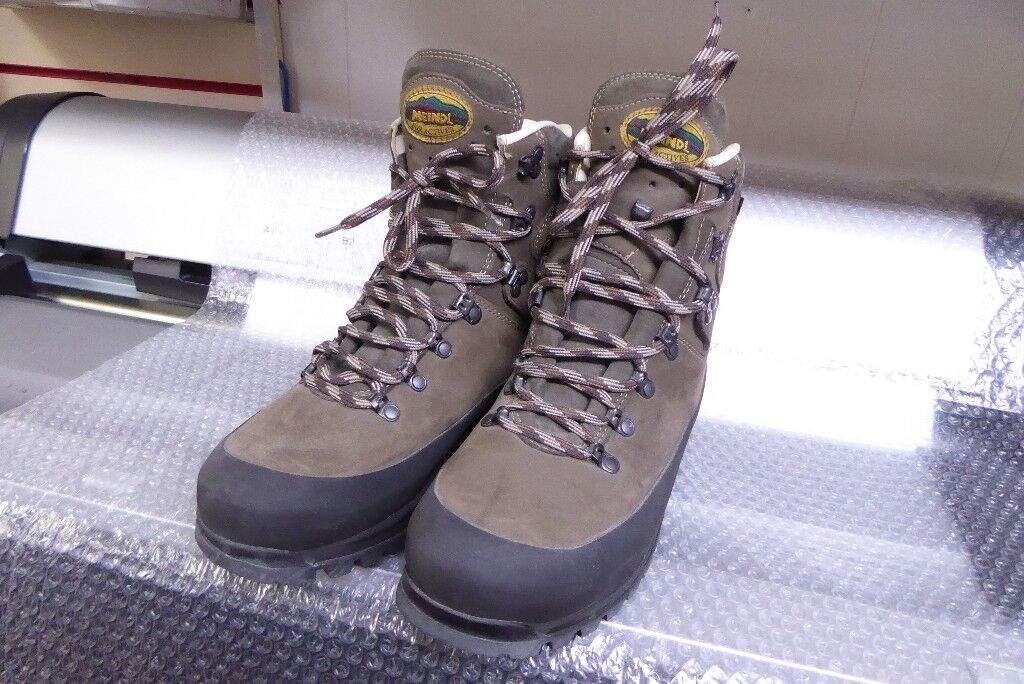 cb554cba23c MEINDL HILL WALKING BOOTS WITH VIBRAM SOLE AND GORE-TEX LINING | in Perth,  Perth and Kinross | Gumtree