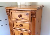 Chest of drawers - SOLID WOOD