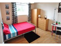 Double Bed in Rooms for Rent in Bright Two Storey House in Hackney