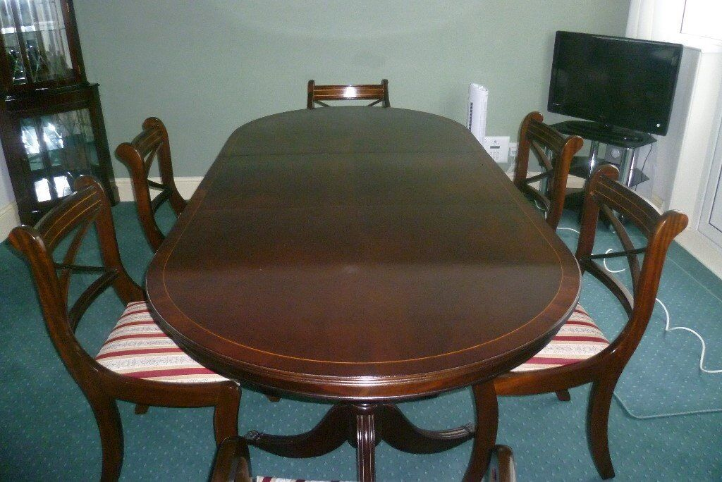 For Sale Table And Chairs