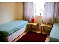 King size twin room to rent in Mile End, 2 weeks deposit, no fees