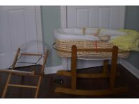 Moses basket with additional rocking stand