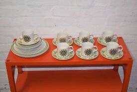 Retro J & G Meakin teaset (DELIVERY AVAILABLE)