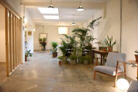 Friendly / creative office space / desk rental / studio in London Fields, Hackney, East London, E8