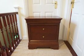 2 Thomasville solid wood bedside tables