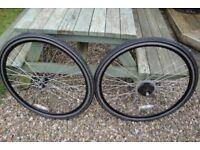 hybrid bicycle wheels.