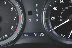 2010 Lexus ES 350 Premium 2  72000 miles Regina Regina Area image 15