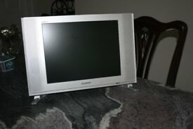 "15"" LCD Television"