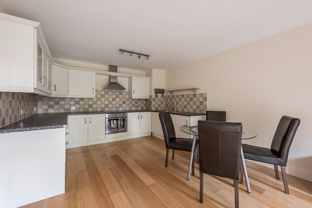 Two bed apartment on Hillyard Street, Stockwell, SW9 0NB