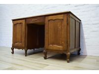 Antique Desk (DELIVERY AVAILABLE)