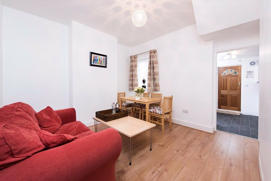 Amazing All New House Just 20 Min to Liverpool St