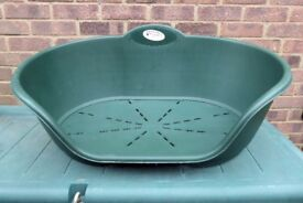 Dark Green Dog Bed for Medium Dog, Ventilated Base, 30 ins top, 25 ins base, Good Condition, Histon