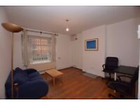 LARGE 3 DOUBLE BEDROOM WITH SEPARATE SITTING ROOM - ALDGATE EAST