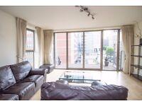 Spacious 2 Bed 2 Bath Apartment in Canary Wharf, West India Quay, E14, Concierge, Balcony- VZ
