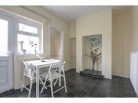2 bedroom end terrace to rent available