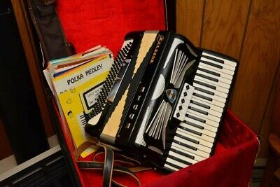 Beautiful Vintage Belsano Accordion Excellent Condition