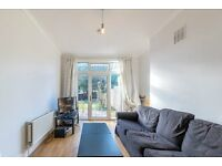 A Beautiful 4 x Bedroom Property in Kensal Rise - £630 per week - Call Shelley 07473-792-649