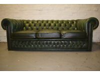 Antique Green chesterfield three seater sofa (DELIVERY AVAILABLE)