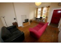 Modern 3 or 4 Bedroom property located in Hyde Park, Leeds