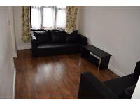 2 Bedroom Flat in Manor Park, E12