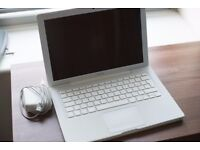 White MacBook 4GB/500GB (great condition but battery not working anymore)
