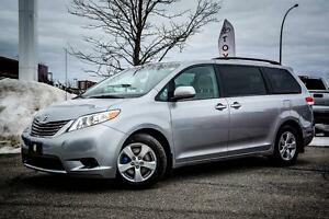 Toyota Sienna 8 PASS LE 2013