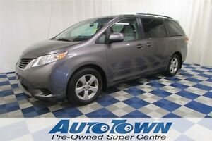 2011 Toyota Sienna LE POWER DOORS/REAR CAM/USB