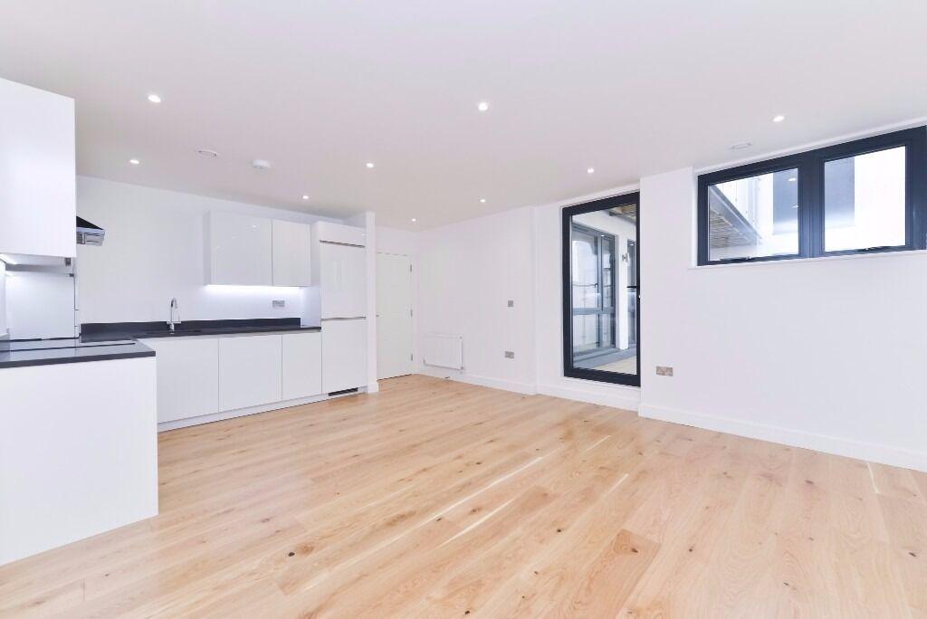 Stunning one bedroom apartment to rent - Tyssen Street