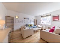 A stunning three bed two bath with roof terrace - Available Now