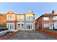 Wondeful very large 4 bedroom house with garden in Sutton.
