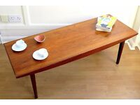 Stylish Vintage 'Vanson' Walnut Danish style coffee table. Delivery. Modern / midcentury.