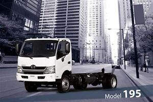 2017 Hino 195 Class 5 - GVW of 19,500 lbs / 8,850 kg