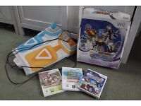 Wii Family Trainer Games Treasure Adventure Family Trainer & Magical Carnival (with box) and mat