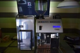 Commercial coffee machine CARIMALI F11 LM COMMERCIAL BEAN-TO-CUP + MILK FRIDGE