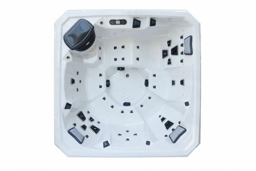 Phoenix Hot Tub - Balboa Controls 5/6 person