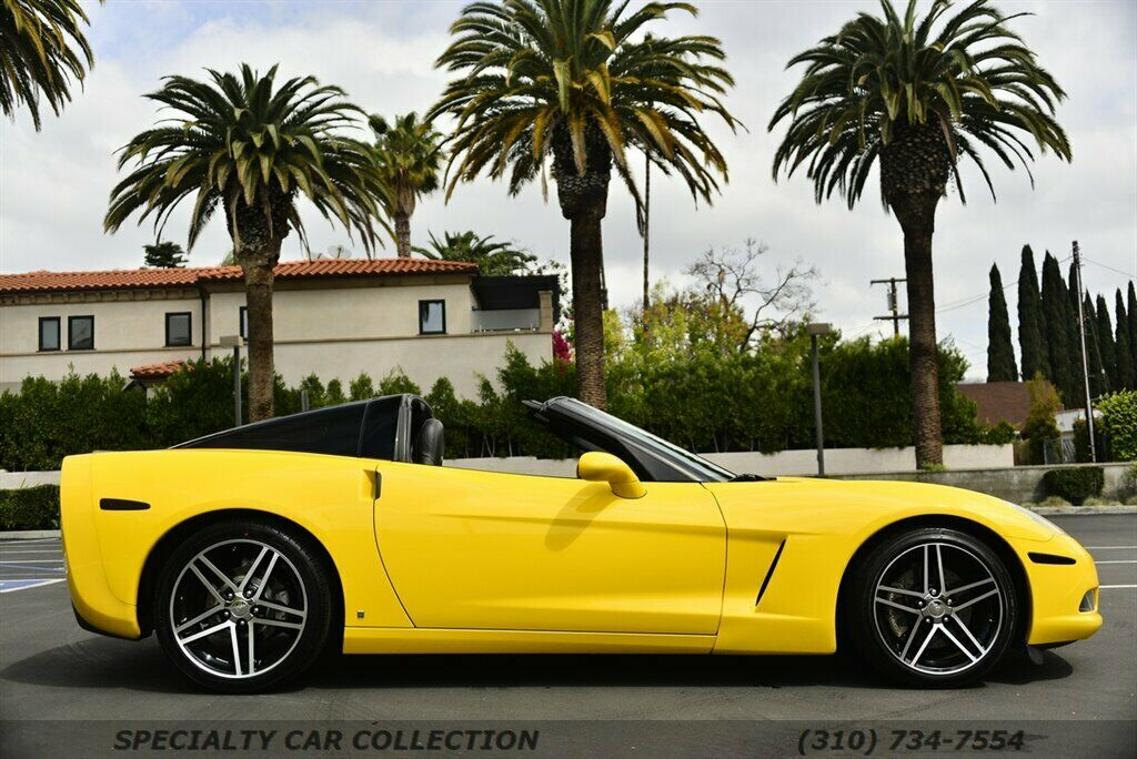 2006 Yellow Chevrolet Corvette  3LT | C6 Corvette Photo 3