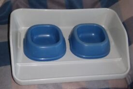 Plastic Feeding / Food / Water Bowls and Tray Set with Removable Bowls for Dogs or Cats, Histon