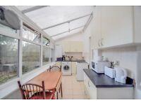 A one bedroom maisonette in the heart of Islington. N1