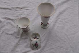 Wedgewood 'Hathaway Rose' 2 vases and trinket box