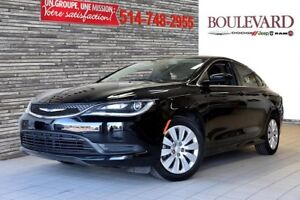 2015 Chrysler 200 MODEL 2016 LX IMPECABLE