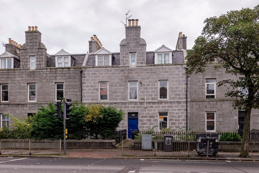 AM PM ARE PLEASED TO OFFER FOR LEASE THIS SPACIOUS 1 BED PROPERTY-ABERDEEN-KING STREET-P5479