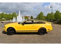 FORD MUSTANG CONVERTIBLE SCREAMIMG YELLOW